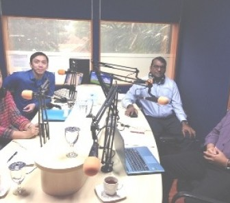 Berbagi CSR Best Practice di SmartFM